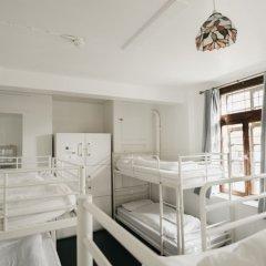 Отель The Walrus Bar and Hostel Великобритания, Лондон - отзывы, цены и фото номеров - забронировать отель The Walrus Bar and Hostel онлайн фото 2