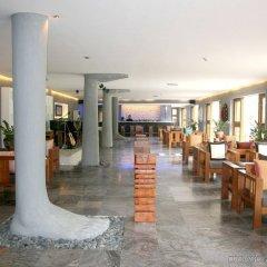 Отель Pilgrimage Village Hue Вьетнам, Хюэ - отзывы, цены и фото номеров - забронировать отель Pilgrimage Village Hue онлайн интерьер отеля