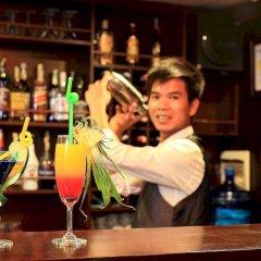 Отель Glory Premium Cruises гостиничный бар