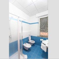 Отель Albergo Ristorante La Pineta Италия, Монтекассино - отзывы, цены и фото номеров - забронировать отель Albergo Ristorante La Pineta онлайн ванная