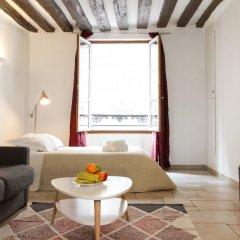 Отель Louvre - Saint Honore Private Apartment Франция, Париж - отзывы, цены и фото номеров - забронировать отель Louvre - Saint Honore Private Apartment онлайн комната для гостей фото 5