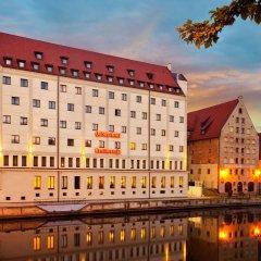 Отель Qubus Hotel Gdańsk Польша, Гданьск - 3 отзыва об отеле, цены и фото номеров - забронировать отель Qubus Hotel Gdańsk онлайн вид на фасад
