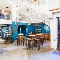 Отель Discovery Melbourne Австралия, Мельбурн - 1 отзыв об отеле, цены и фото номеров - забронировать отель Discovery Melbourne онлайн бассейн