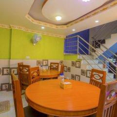 Отель OYO 222 Hotel New Himalayan Непал, Катманду - отзывы, цены и фото номеров - забронировать отель OYO 222 Hotel New Himalayan онлайн питание