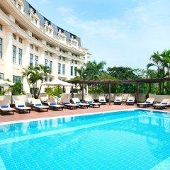 Отель Hilton Hanoi Opera бассейн фото 2