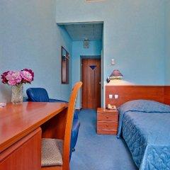 Гостиница Варшава 3* Стандартный номер с различными типами кроватей