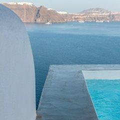 Отель 3 Caves Villa by Caldera Houses Греция, Остров Санторини - отзывы, цены и фото номеров - забронировать отель 3 Caves Villa by Caldera Houses онлайн пляж