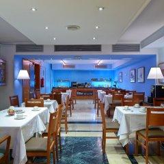 Hotel Acta Azul Барселона питание