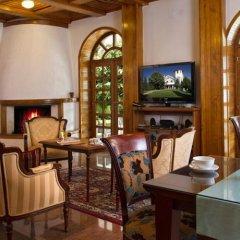 Отель Villa Belvedere Сербия, Белград - отзывы, цены и фото номеров - забронировать отель Villa Belvedere онлайн гостиничный бар