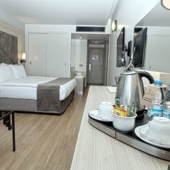 Отель Altin Yunus Cesme в номере