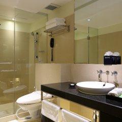 Отель Siri Sathorn Hotel Таиланд, Бангкок - 1 отзыв об отеле, цены и фото номеров - забронировать отель Siri Sathorn Hotel онлайн ванная фото 2