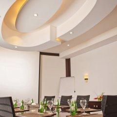Отель Holiday Inn Cairo Maadi в номере фото 2