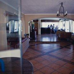Отель Apartamentos Playa Ferrera интерьер отеля фото 3