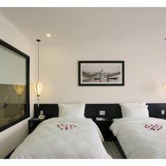 Отель Hoi An Waterway Resort сейф в номере