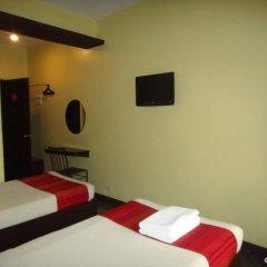 Отель Express Inn Cebu сейф в номере