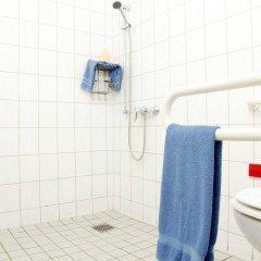 Отель acama Hotel & Hostel Kreuzberg Германия, Берлин - 1 отзыв об отеле, цены и фото номеров - забронировать отель acama Hotel & Hostel Kreuzberg онлайн ванная
