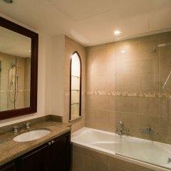 Отель One Perfect Stay - 2BR at Zanzabeel 3 ванная фото 2