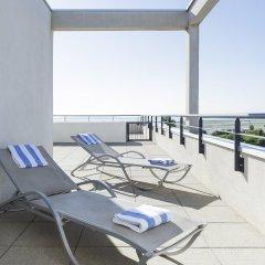 Отель Novotel Suites Nice Airport бассейн фото 3