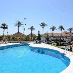 Отель Isabel Торремолинос бассейн фото 3