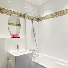 Отель Antin Trinité Франция, Париж - 10 отзывов об отеле, цены и фото номеров - забронировать отель Antin Trinité онлайн ванная фото 2