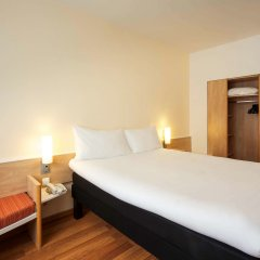 Отель ibis Budapest City сейф в номере