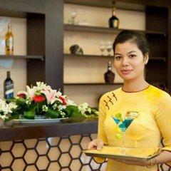Gold Hotel Hue гостиничный бар