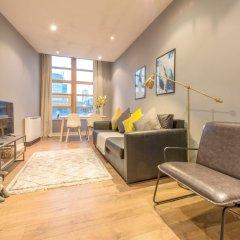 Апартаменты 2 Bedroom Apartment Near Manchester Victoria комната для гостей фото 5