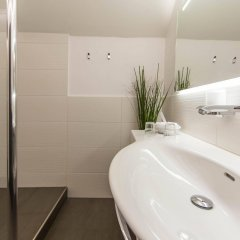 Отель Friesachers Aniferhof Австрия, Аниф - отзывы, цены и фото номеров - забронировать отель Friesachers Aniferhof онлайн ванная фото 2