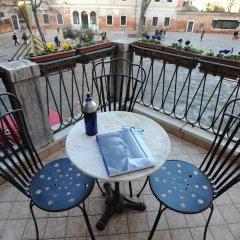Отель Locanda del Ghetto Италия, Венеция - отзывы, цены и фото номеров - забронировать отель Locanda del Ghetto онлайн балкон