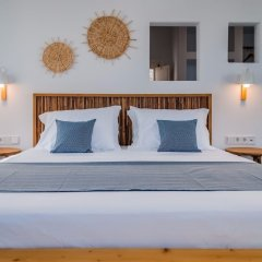 Milos Breeze Boutique Hotel комната для гостей