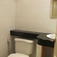 Апартаменты Mosaik Apartment Паттайя ванная
