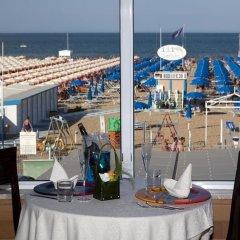 Hotel Ghirlandina Римини пляж фото 2