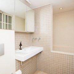 Отель 2 Bed Flat Near Kensington Gardens Великобритания, Лондон - отзывы, цены и фото номеров - забронировать отель 2 Bed Flat Near Kensington Gardens онлайн ванная