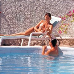 Отель Doctors Cave Beach Hotel Ямайка, Монтего-Бей - отзывы, цены и фото номеров - забронировать отель Doctors Cave Beach Hotel онлайн бассейн