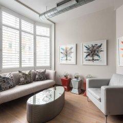Апартаменты onefinestay - Soho Apartments комната для гостей фото 3