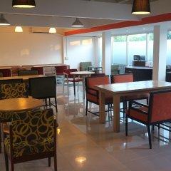 Отель Floral Shire Resort интерьер отеля