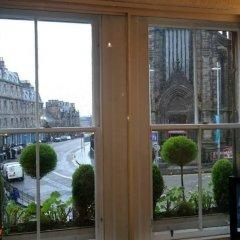 Апартаменты Royal Mile Apartment Эдинбург комната для гостей фото 4