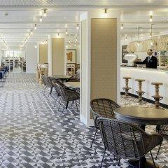 Отель H10 Vintage Salou гостиничный бар