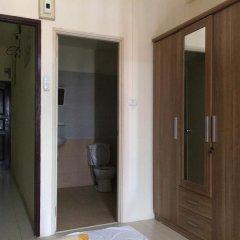 Отель Surasak Center Sri Racha интерьер отеля