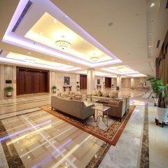 Отель Tongli Lakeview Hotel Китай, Сучжоу - отзывы, цены и фото номеров - забронировать отель Tongli Lakeview Hotel онлайн интерьер отеля