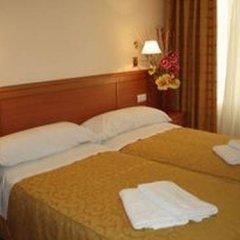 Отель Pensin Salom комната для гостей