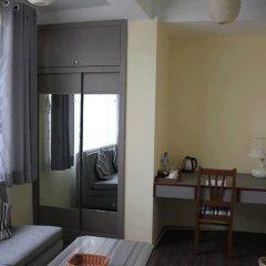 Отель The Glasshouse Hotel & Hostel Непал, Катманду - отзывы, цены и фото номеров - забронировать отель The Glasshouse Hotel & Hostel онлайн удобства в номере