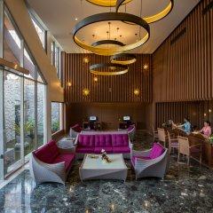 Отель Beyond Resort Karon интерьер отеля