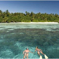 Отель Makunudu Island Мальдивы, Боду-Хитхи - отзывы, цены и фото номеров - забронировать отель Makunudu Island онлайн пляж фото 2