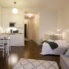 Апартаменты 2Ndhomes Kluuvi Apartments 2 Хельсинки комната для гостей фото 2