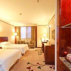 Royalty hotel комната для гостей