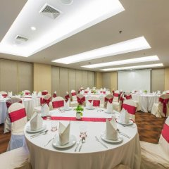 Отель Ramada by Wyndham Phuket Deevana Patong