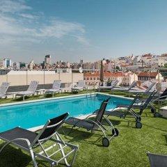 Отель NH Collection Lisboa Liberdade бассейн фото 3