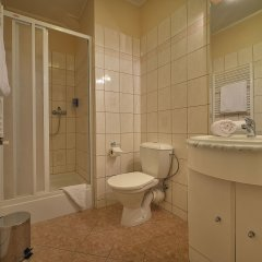 EA Hotel Mozart ванная