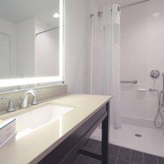 Отель Hampton Inn & Suites Columbus/University Area Колумбус ванная фото 2